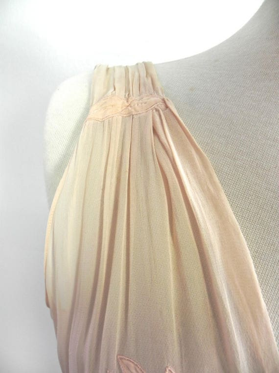 Vintage 1930s 40s Lux Pink Satin and Silk Night D… - image 5