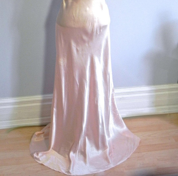 Vintage 1930s 40s Lux Pink Satin and Silk Night D… - image 7
