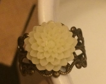 Chrysanthemum Ring -marshmellow colored flower with an antiques gold filigree ring base.