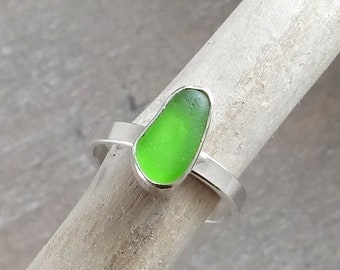 Lime green sterling silver sea glass ring size 6