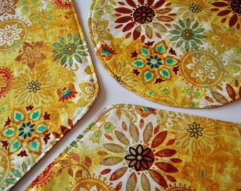 Yellow Medallion Wedge Placemats Reversible 4-6 Turquoise Wedge Placemats Southwest Wedge Placemats for a round table Yellow table decor