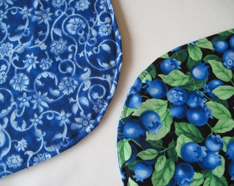 Blueberry Oval Placemats set 4 or 6 Reversible Blue Oval Placemats Blue Kitchen Table Decor Blueberry Table Decor Blue and Green Kitchen