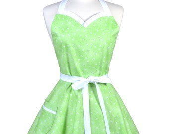 Sweetheart Retro Apron - White Daisies on Green Kitchen Apron - Womens Flirty Sexy Cute Pinup Apron with Pocket - Monogram Option