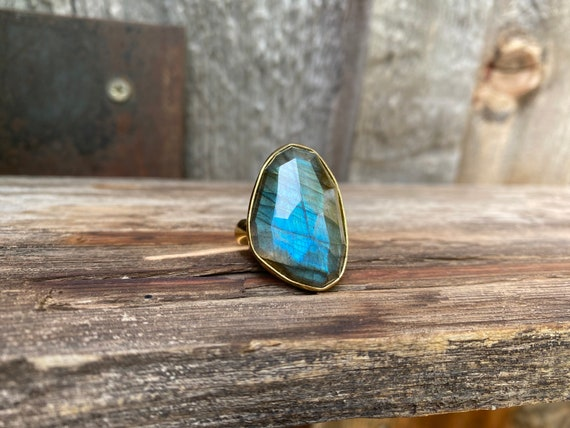 Stunning faceted Labradorite & Gold Alchemia Adjustable Ring