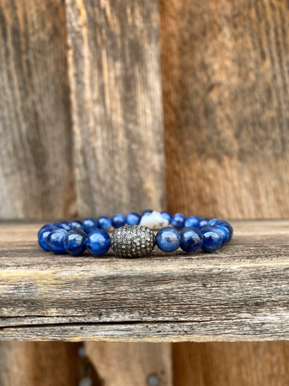 Kyanite stretch bracelet with diamond & Sterling bead
