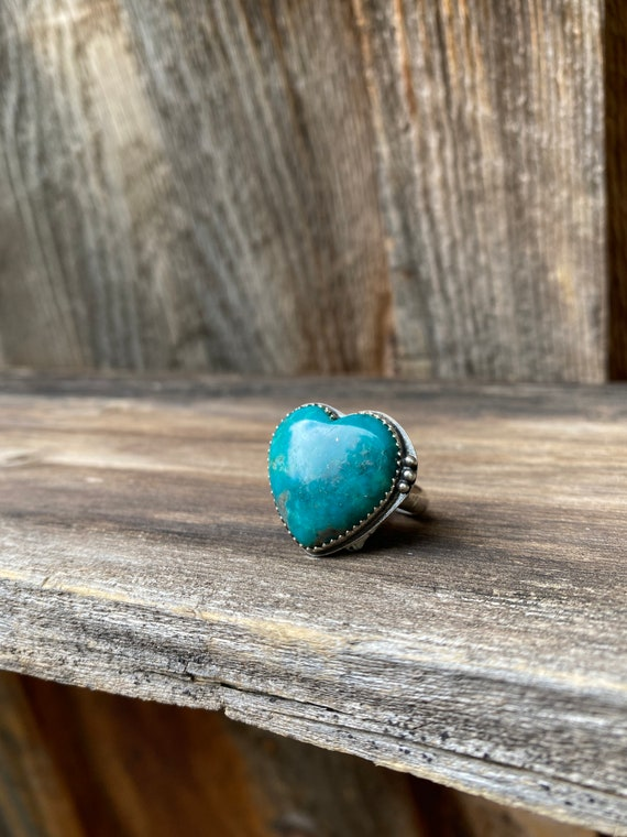 Size 8 Sterling Silver & Campitos Turquoise Heart Ring
