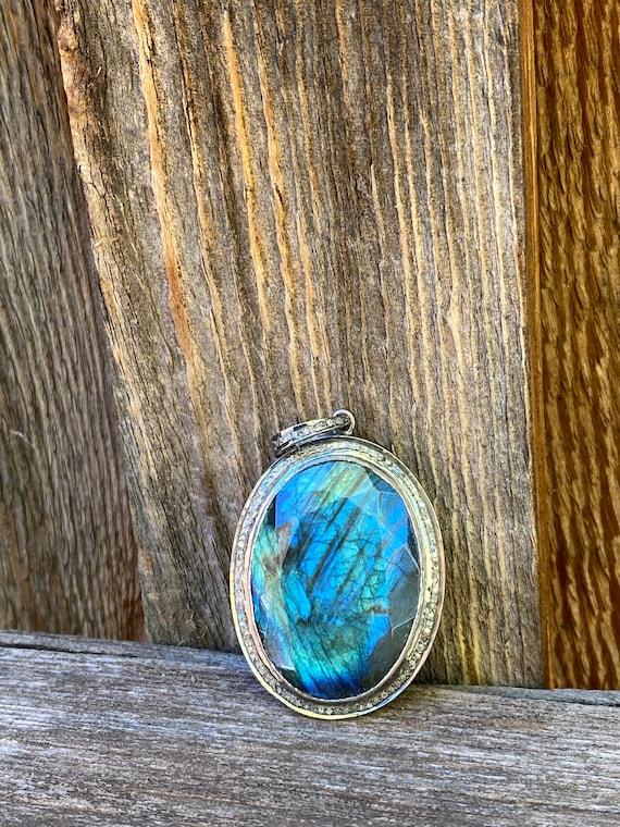 Stunning Labradorite &  diamond pendant