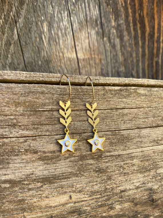 White star  Enamel Chevron  Earring