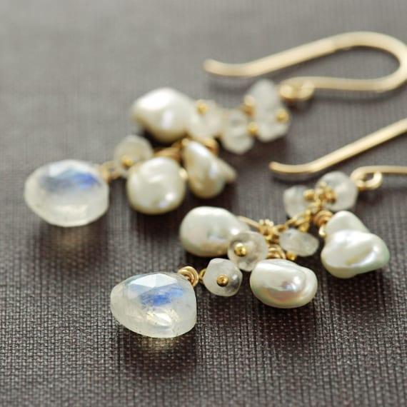 Moonstone and pearl Earrings