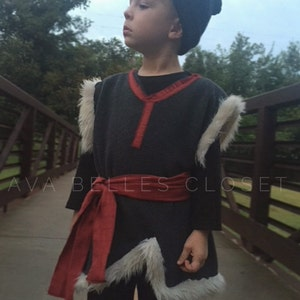 Kristoff Costume Accessories Handmade custom Gray Snow Hat and Mittens Disney Frozen Accessories for boys Costume for Halloween Winter wear