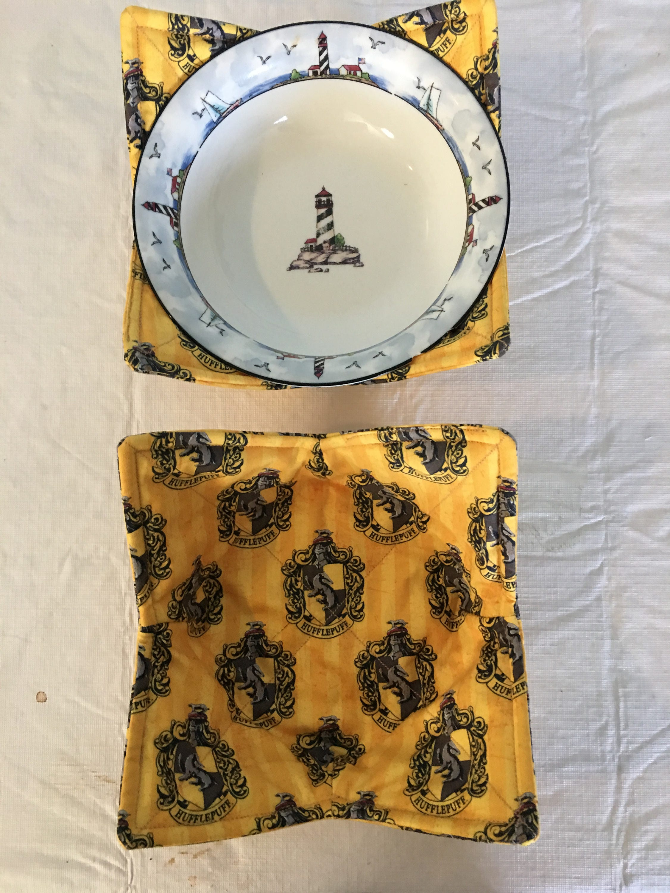 723b94bd MICROWAVE BOWL HOLDER KSEW149 /Microwave Bowl Cozy/Bowl Holders/Bowl  Cozies/Hufflepuff Fabric