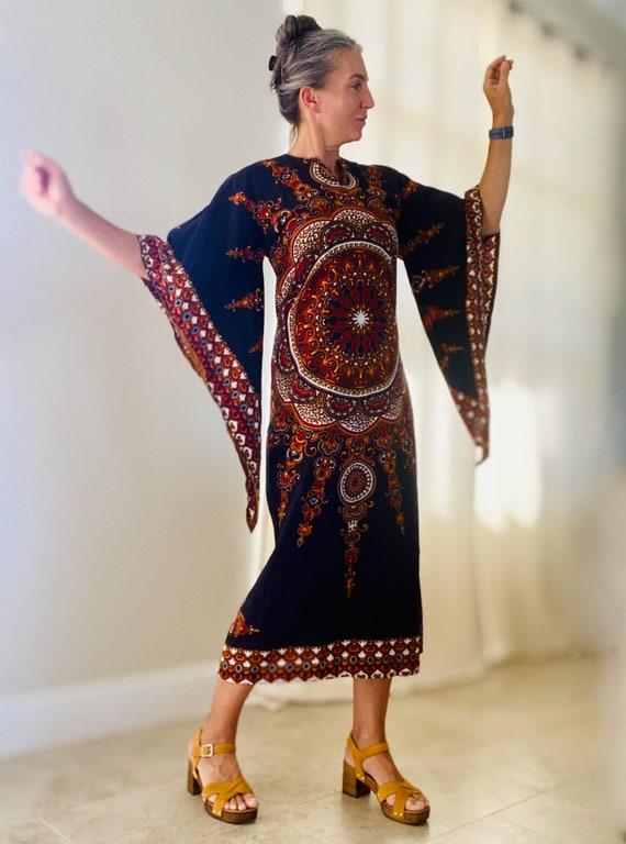 1970s Witchy Dress | Flare Sleeve Kaftan | Boho Gy