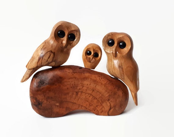 Owl anniversary gift, family of 3 wood carving, handmade ,5th anniversary gifts for her, new baby gift for couple