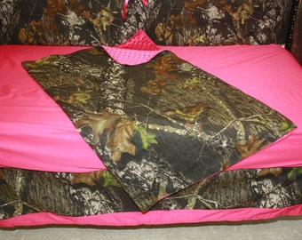 5 pc Hot pink real tree camo baby bedding set- free personalized pillow