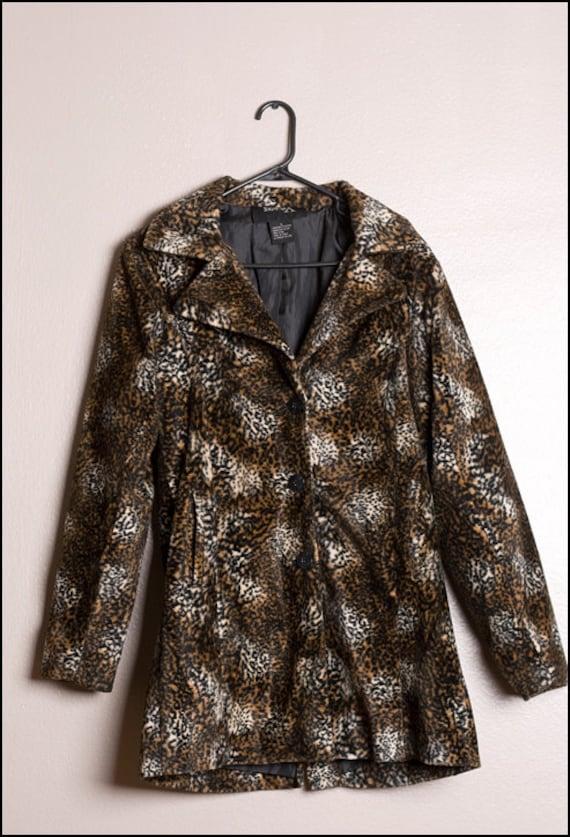 VTG 90s Faux leopard  - Cheetah Animal Print PeaCo