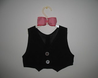 Vest and Bow