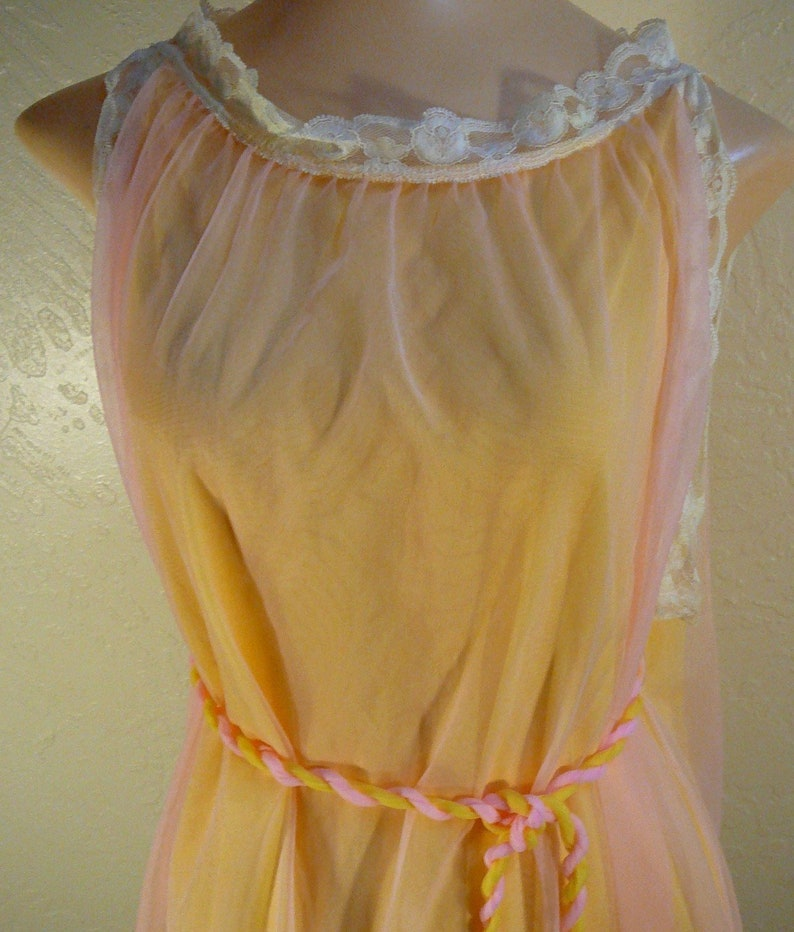 Two Color Babydoll Nightie Pink /& Yellow Belted Vintage Deena 44
