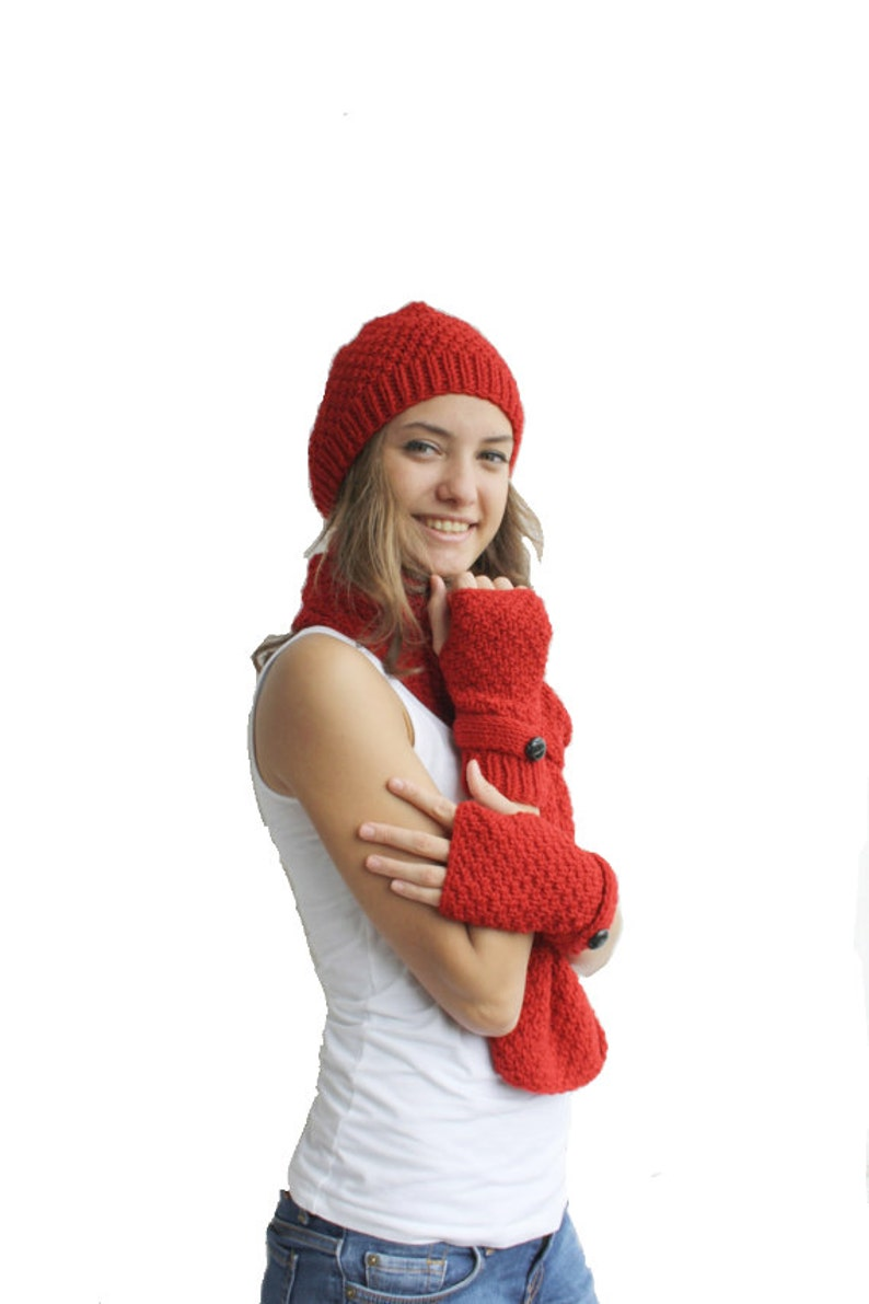 46b48609cd0 Hand Knit Red Wool Warm set   For Women For My Mom   Christmas