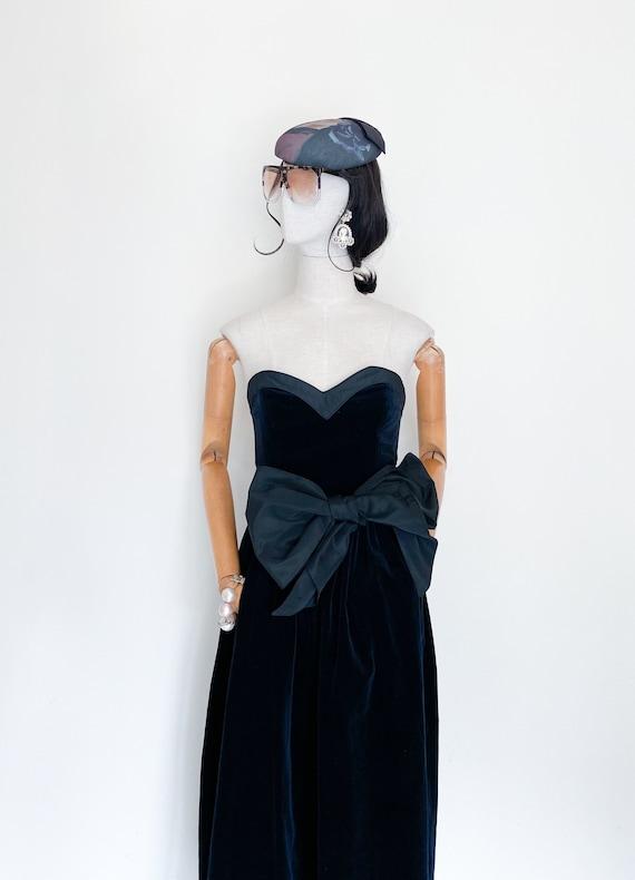 VTG Luara Ashley velvet evening gown