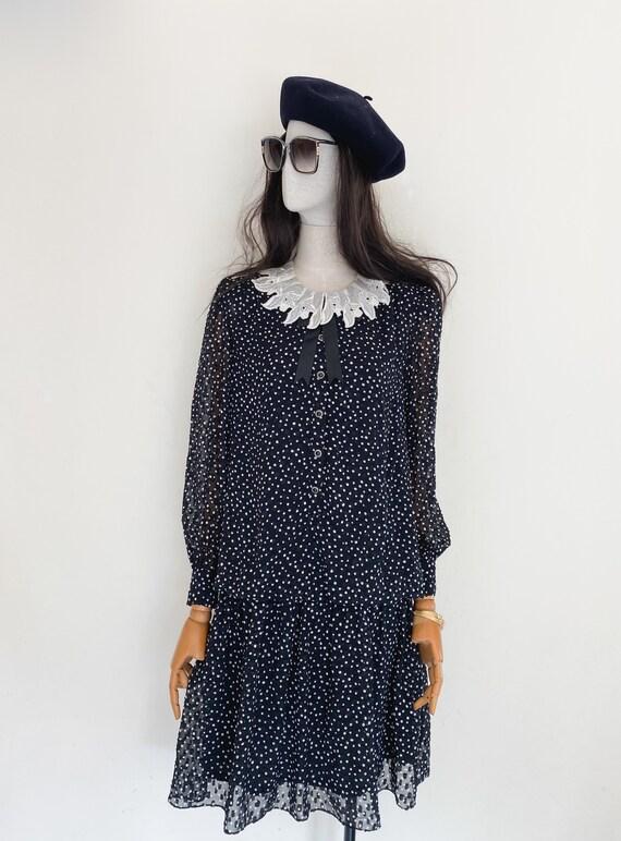 VTG KIMI JIMA mademoiselle embroidered collar low