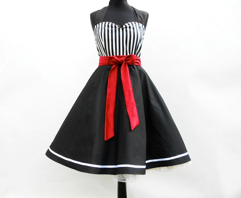 da1afeb75c8c Schwarz weiß gestreiftes 50er Rockabilly Petticoat Kleid Pinup