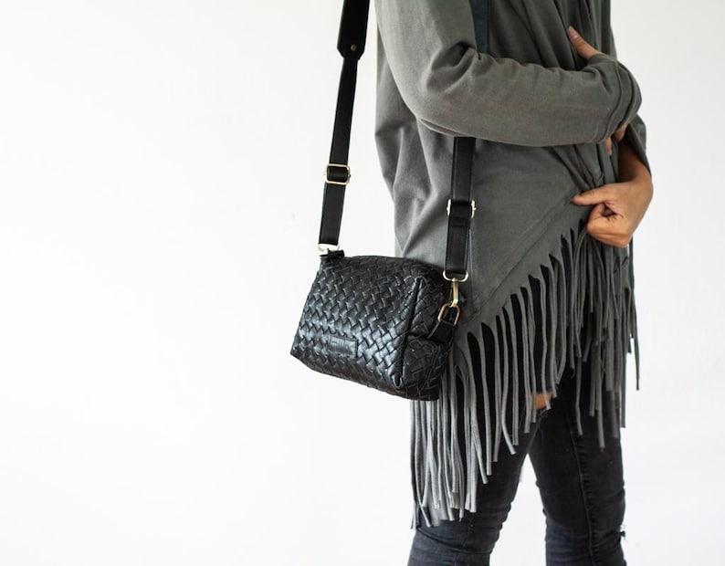 632f3dafee Black handwoven leather shoulder purse handbag shoulder bag