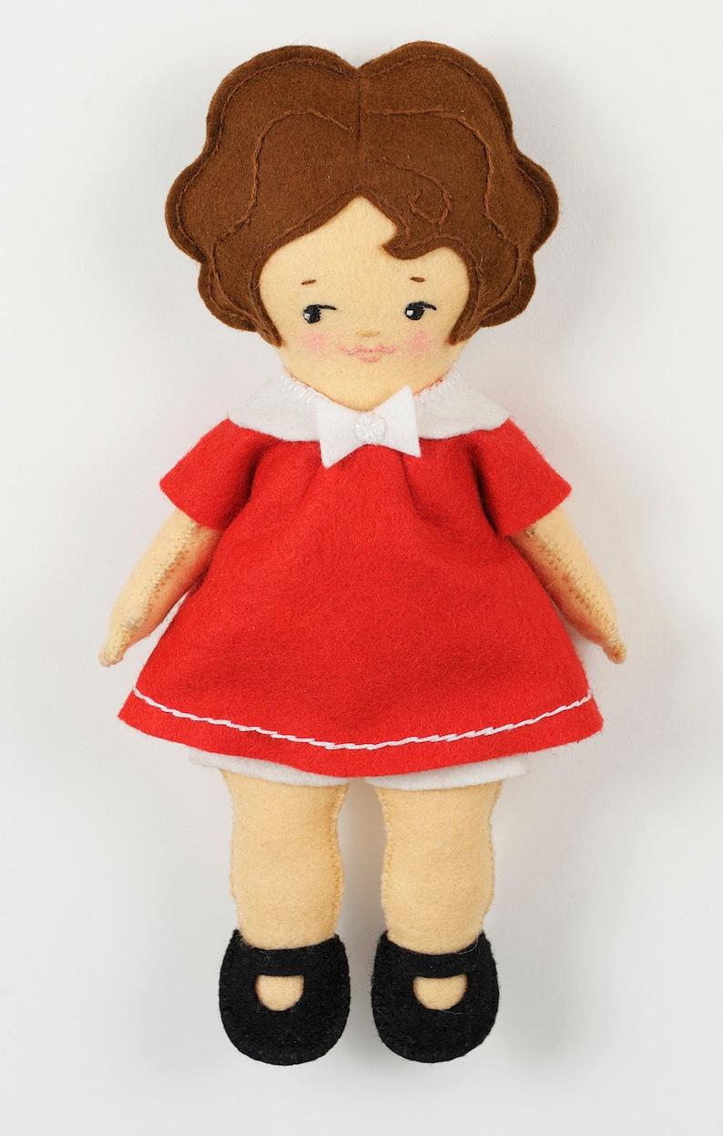 Easy Felt Doll pdf Pattern  Betsy  Instant Download image 0