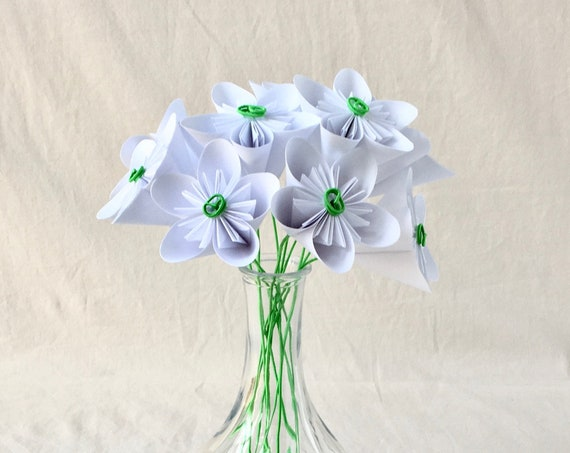 Paper Origami Flower Bouquet in White