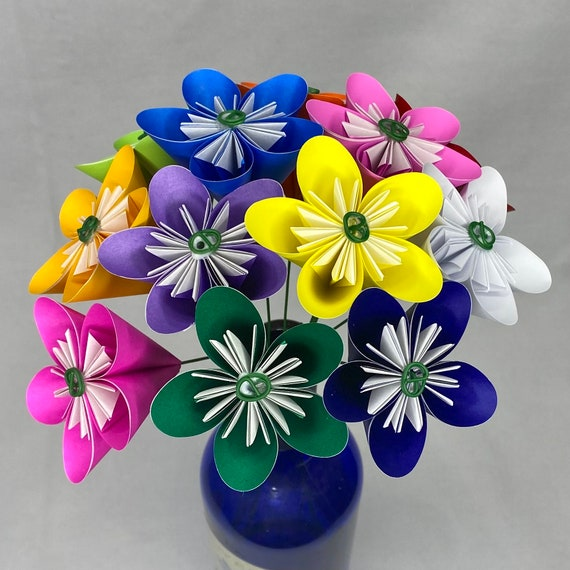 Origami Paper Flower Bouquet in Rainbow Colors