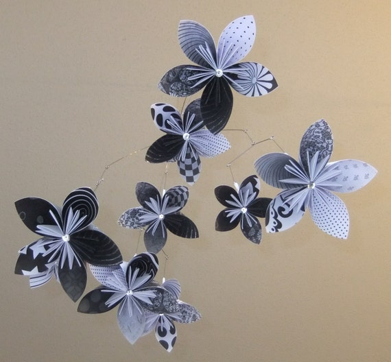 Black and white flower mobile origami mobile baby mobile etsy image 0 mightylinksfo