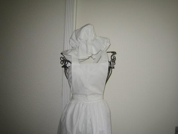 Style victorien blanc tablier et Mob chapeau les filles