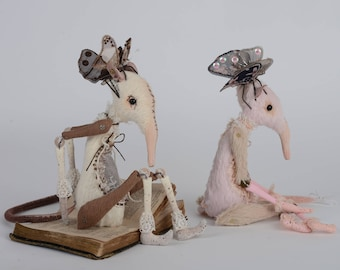 Posable art doll Rat with wings Soft sculpture Winged realistic mouse Fantasy doll Rat figurine Winged animal toy Felt mouse Plush fairy elf