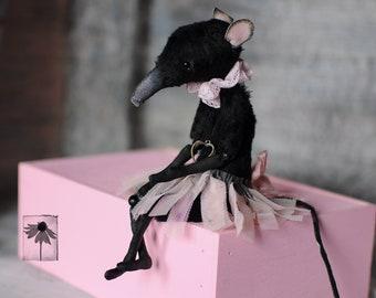 Poseable black rat doll plush Gothic figurine Halloween creepy dolls Handmade mouse Dark art decor Macabre art interior doll Horror kawaii