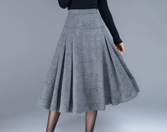 7030bf017cd Tartan skirt