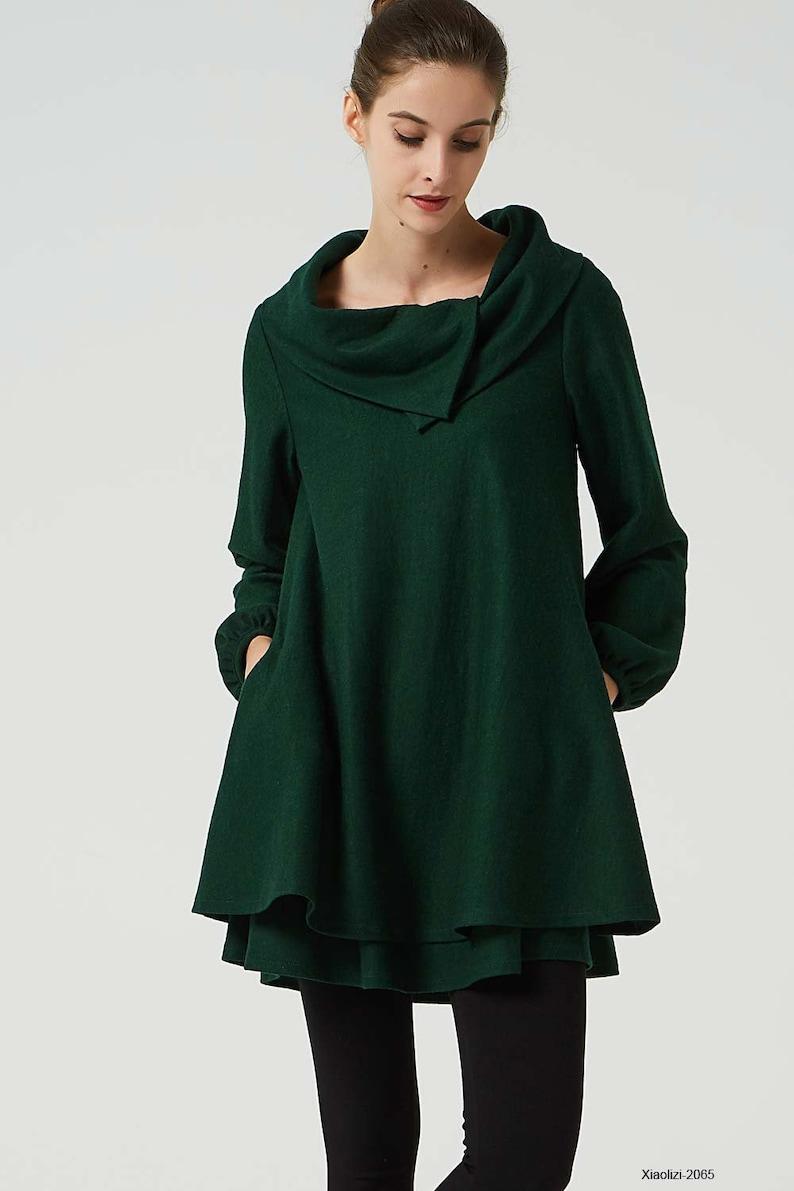 6a40f715429 Robe en laine vert robe tunique verte robe dhiver ample