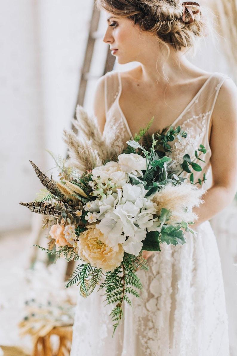 Freeform Bouquet Peach Bouquet Peach Wedding Flower Etsy