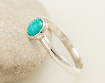 Turquoise Ring- Blue Stone ring- Sterling Silver Ring- Gemstone Ring- Modern sterling silver jewelry handmade- sizes 4 - 10