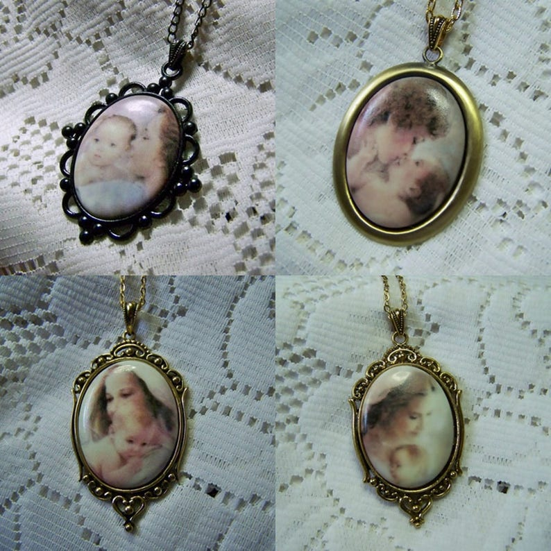 Mother/'s Precious Gift Porcelain Keepsake Pendant Mother /& Baby Necklace Gift for New Mother Mother/'s Day Gift Antiqued Gold