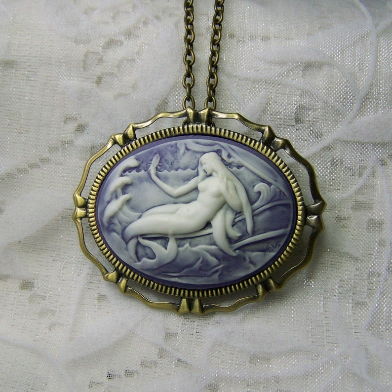Under the Sea Siren of the Sea Pendant Adult Mermaid Necklace Victorian Art Nouveau Theme Brooch Pin Necklace combination