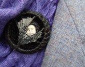 Horsehair Jewelry Brooch Art Pin Catching the Moon Face with Webbing, Equestrian Jewelry, Horsehair Jewelry HH30