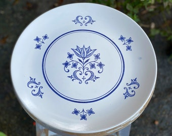 On Sale Sheffield Provincial 10 inch Dinner Plate with Blue and White Delft Style Pattern Collectible Kitchen