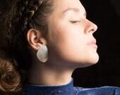 Sara Post Earrings