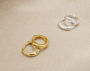 Mini Huggie Earrings, Gold or Silver Huggie Earrings, Tiny Hoop Earrings, Huggie Hoop Earrings