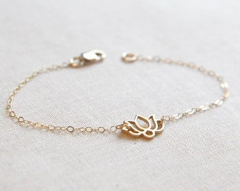 Gold Lotus Bracelet | Delicate and Dainty Chain Bracelet | Lotus Jewelry