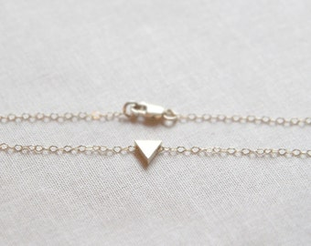 Tiny Triangle Bracelet | 14kt Gold Filled Chain | Danity Gold Layering Bracelet