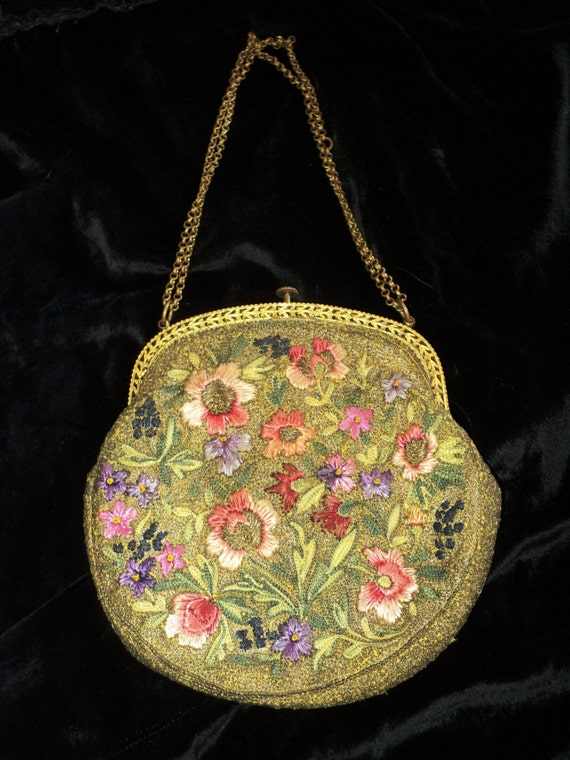 Edwardian, Art Nouveau Silk Embroidered Purse Meta