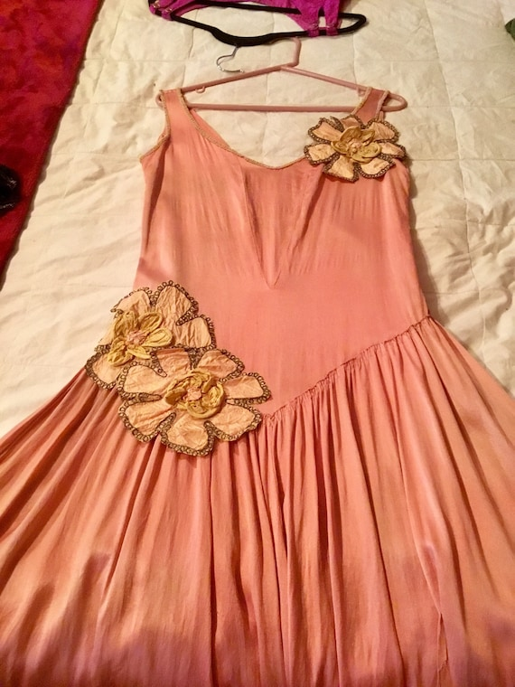 1920's Silk Charmeuse Robe de Style Gown Peach wit