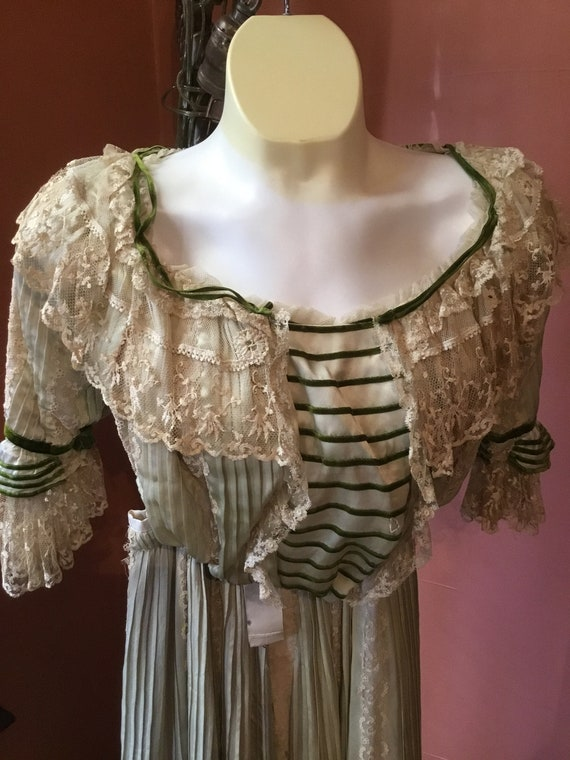 Antique Victorian Bodice and Matching Skirt Cream