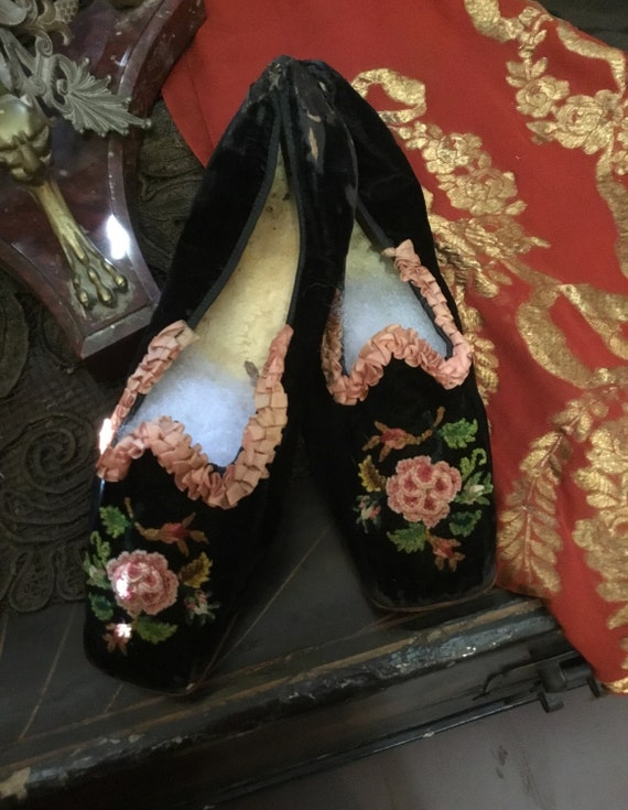 Antique embroidered boudoir slippers, shoes,floral