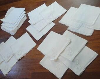 49b39a2f71c50 Jahrgang weiß Leinen Servietten Set von 4 Wählen Sie aus 5 designs